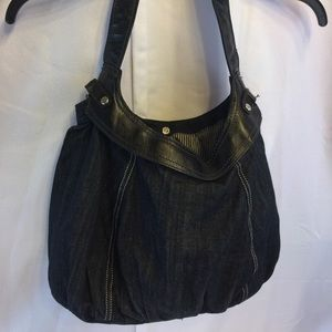 Large Thirty one denim purse removable skirt